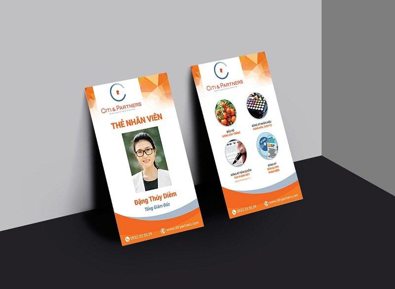 Thiết kế thẻ đeo chuyên nghiệp cho công ty
