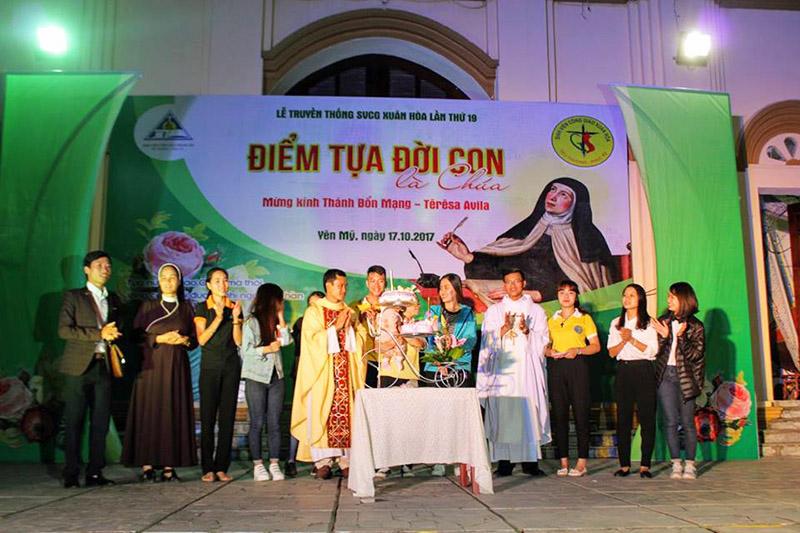 Phông sân khấu Lễ truyền thống SVCG Xuân Hòa 1