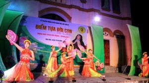 Phông sân khấu Lễ truyền thống SVCG Xuân Hòa 3