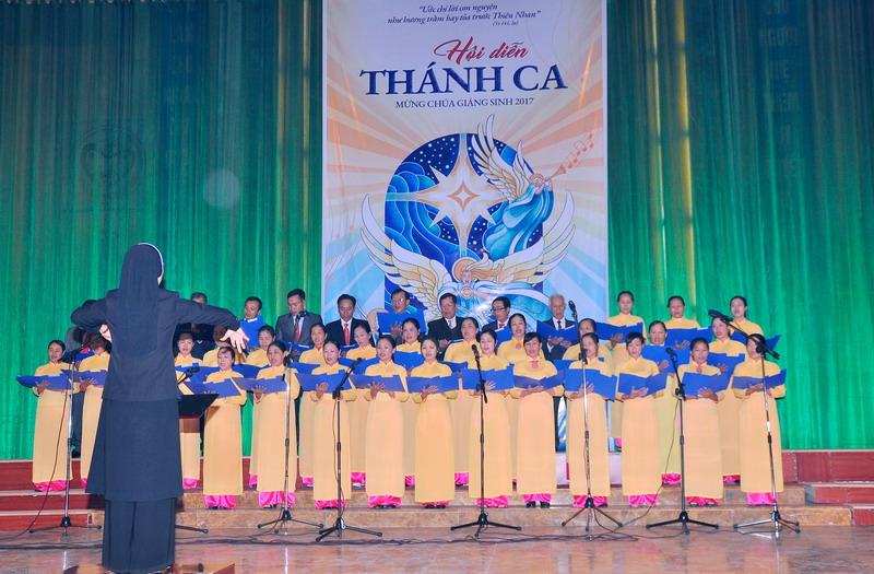 Phông sân khấu Hội diễn Thánh ca 2017 - Giáo xứ Cồn Thoi