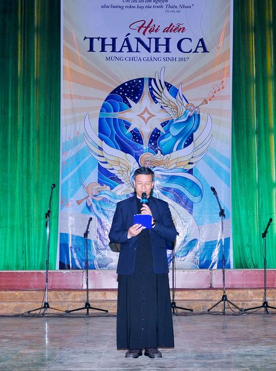 Phông sân khấu Hội diễn Thánh ca - Giáo xứ Cồn Thoi 2017