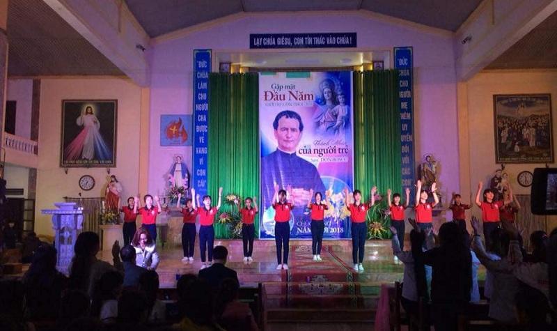 Giuseart.com - Phông sân khấu Quan thầy Don Bosco