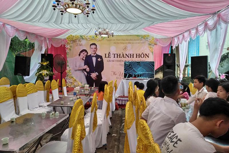 Giuseart.com---Phông-sân-khấu-đám-cưới