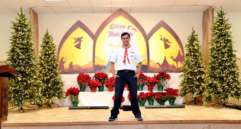 Giuseart.com-Hình-ảnh-thực-tế-Phông-sân-khấu-Giáng-Sinh