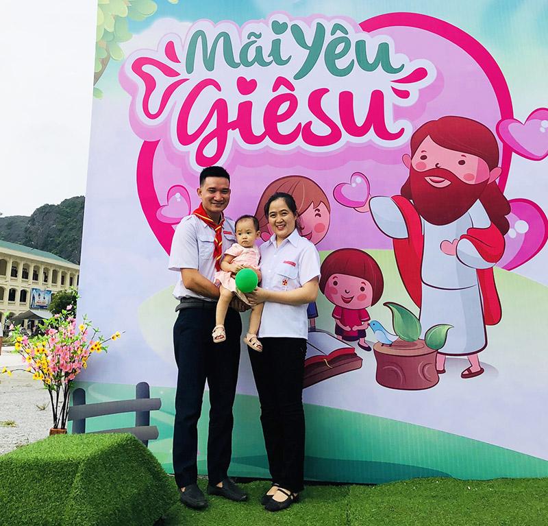 Giuseart.com - Thi công Backdrop chụp ảnh ngày lễ